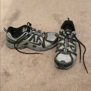 Nike Alvord 8 Hiking Trail Shoes - Size 9.5